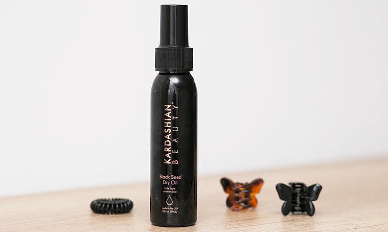 kardashian_beauty_black_seed_dry_oil